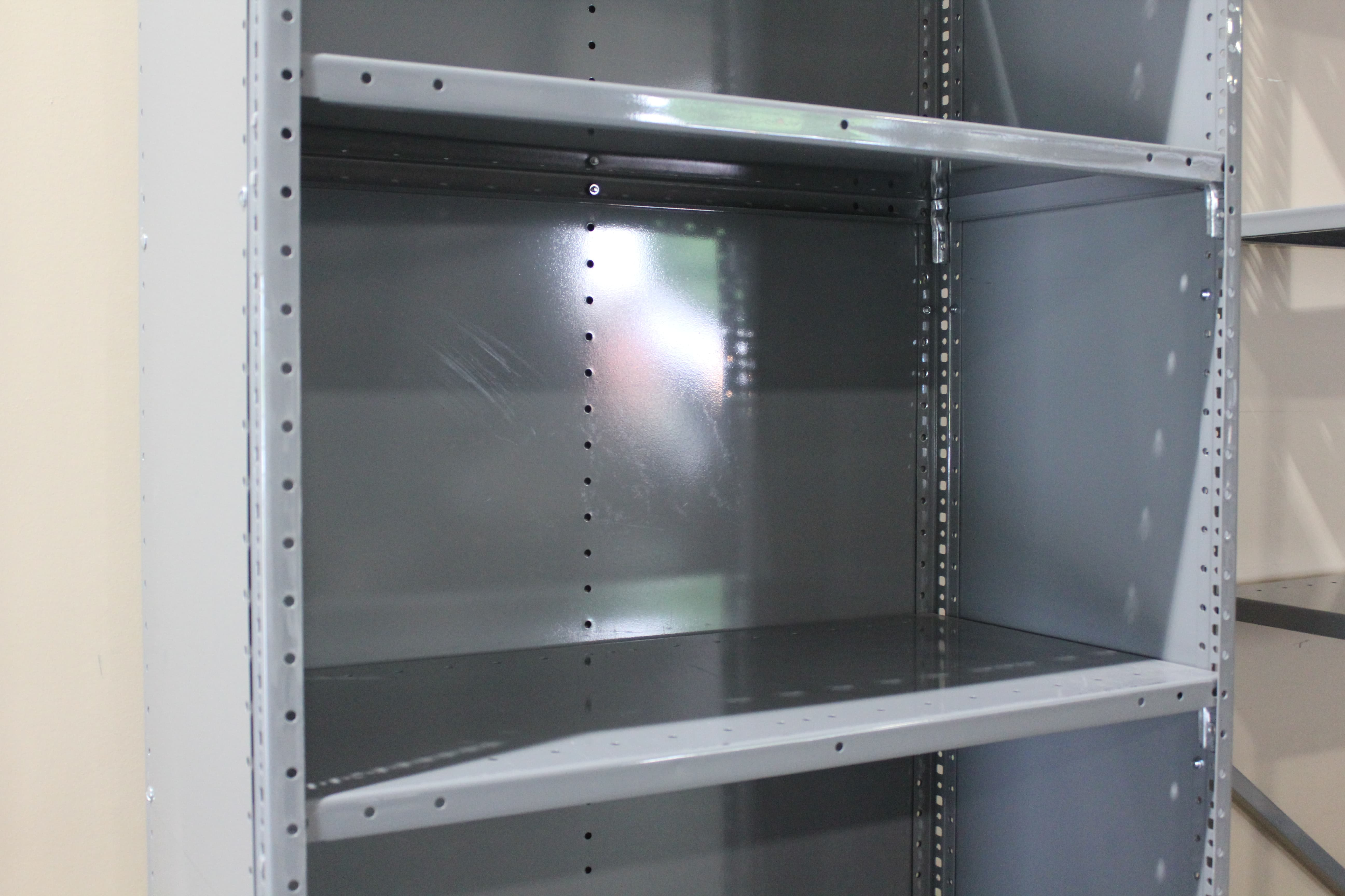 Closed-Steel-Metal-Shelving-9 Rack With Wire Shelves on